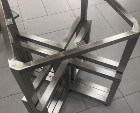 mesa en acero inoxidable