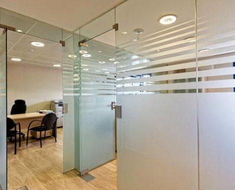 Vidrio sandblasting para oficinas